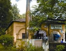 File:DhakaUniversityModhur.jpg