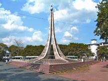 File:ChittagongUniversityShahidMinar.jpg
